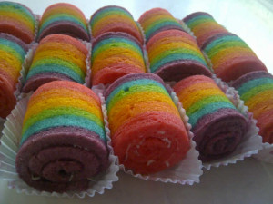 Mini Roll Rainbow Super Enak